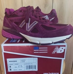 Women's New Balance 990 Running Sneakers